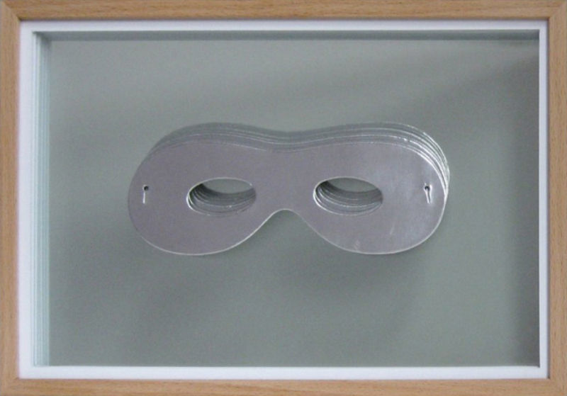 Gema Rupérez, Be a Hero Glass, 2016, 8 glasses, 7 silver carton masks, cm 20x30x5